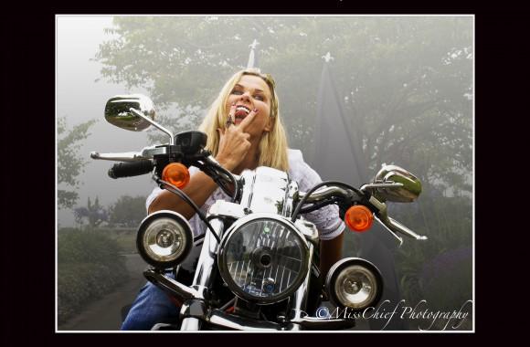 Model: Jaynie Hart