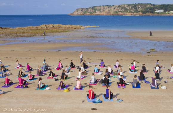 Pop up Yoga on the beach